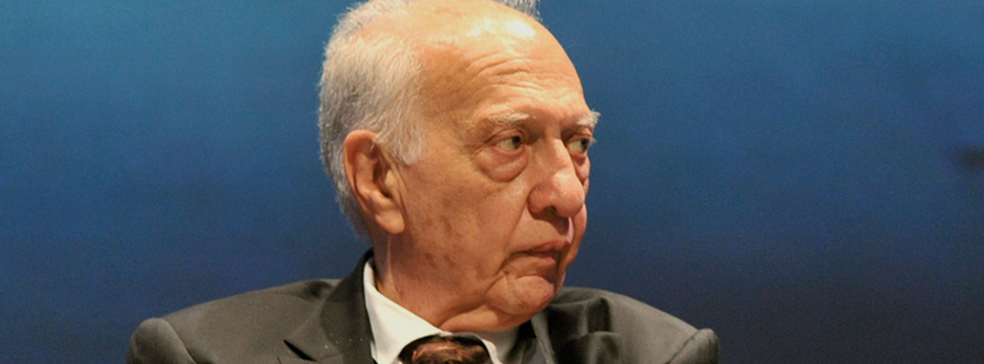 Pasión por la trama en tres tiempos. Homenaje a Sergio Pitol en la facultad de Filosofía y Letras